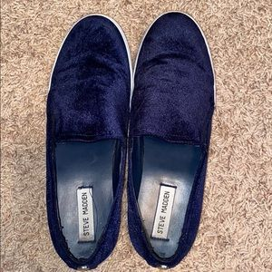 Steve Madden blue suede shoes